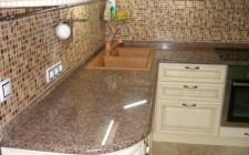 Использование гранита при оформлении кухни