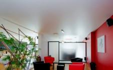 Особенности сатиновой пленки для натяжных потолков
