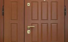 Преимущества установки стальной тамбурной двери
