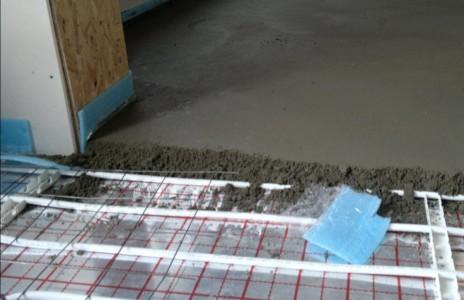 монтаж телого пола под бетон