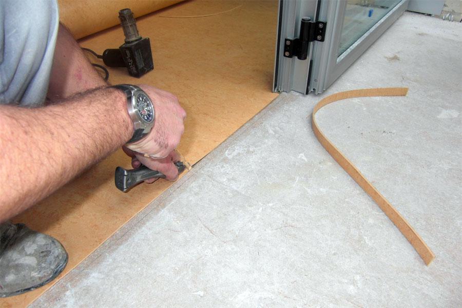 Подготовка пола к укладке линолеума своими руками