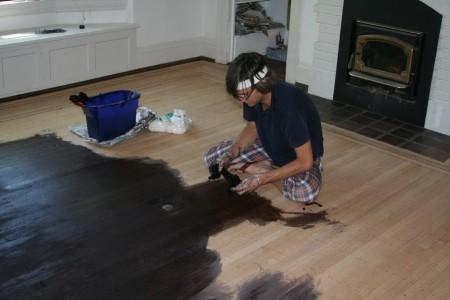 Как подготовить дощатый пол к покраске?