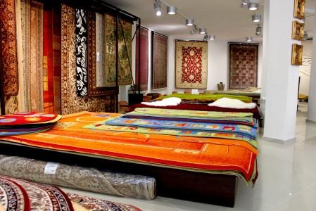 разнообразные ковры