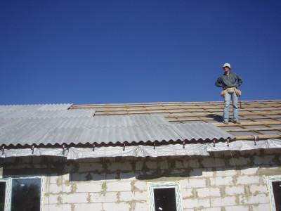 Из чего сделать крышу дома: выбираем материал и технологию укладки